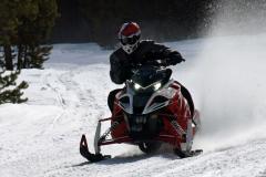 2017-Yamaha-Sidewinder-LTX-Action-Cornering