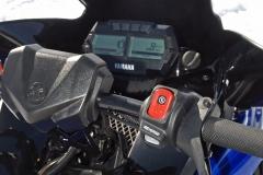 2017-Yamaha-Sidewinder-R-TX-Gauges