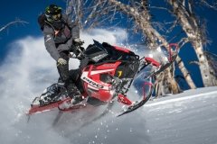 2019-Polaris-Snowmobile-Lineup-Feature