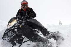 2019-Ski-Doo-Summit-X-4