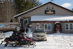 Frosty-Pint-Pub-Snowmobiles