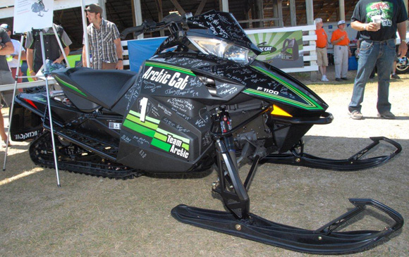 Snowmobile Hall Of Fame To Auction Team Arctic F1100 Sno Pro Snowmobile Com