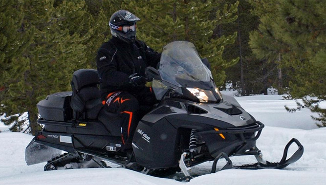 2015 Ski-Doo Expedition SE ACE 900 Review