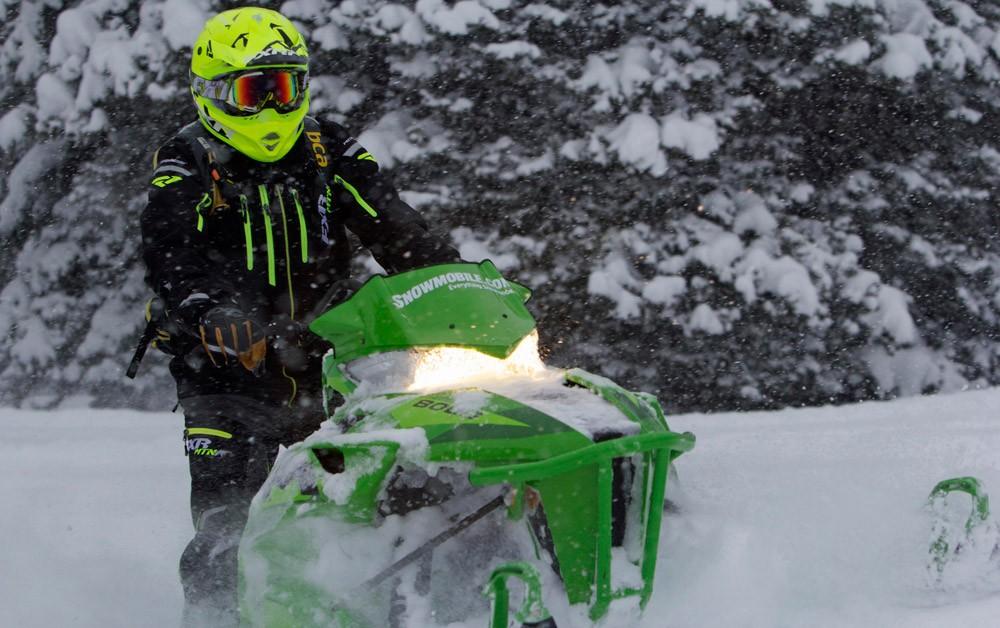 2016 Arctic Cat M8000 Front