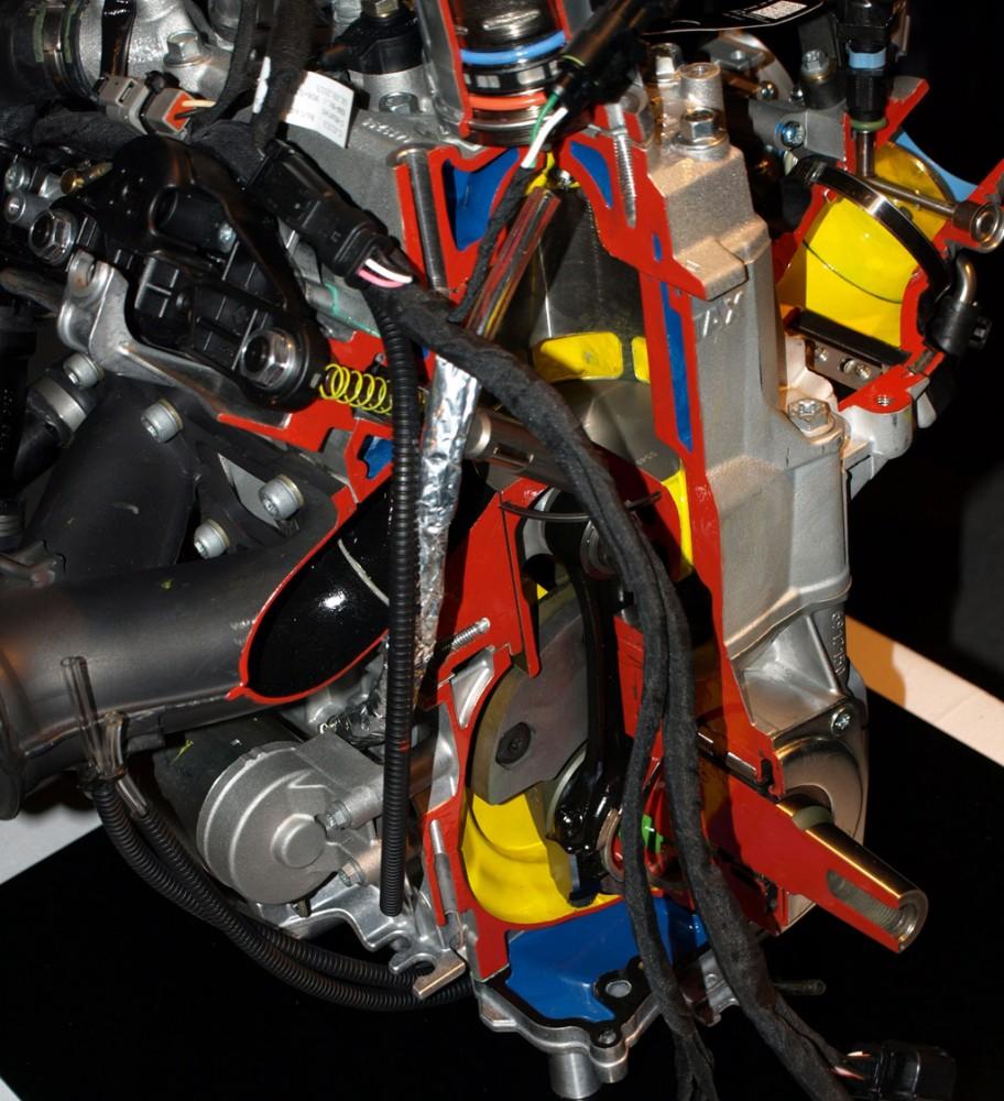 Rotax 850 Cutaway