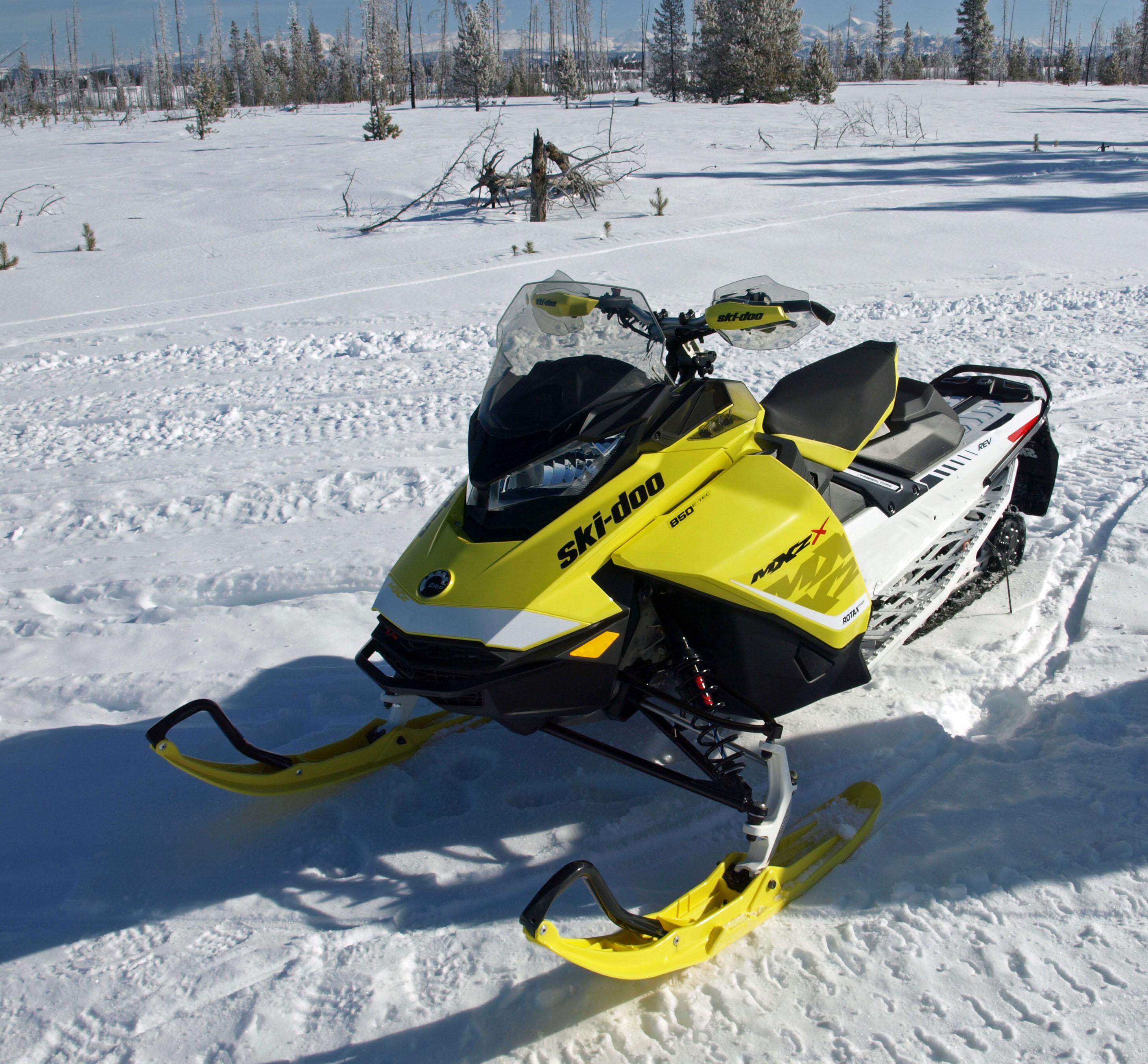 Impressions On The 2017 Ski Doo 850s And Yamaha Sidewinder