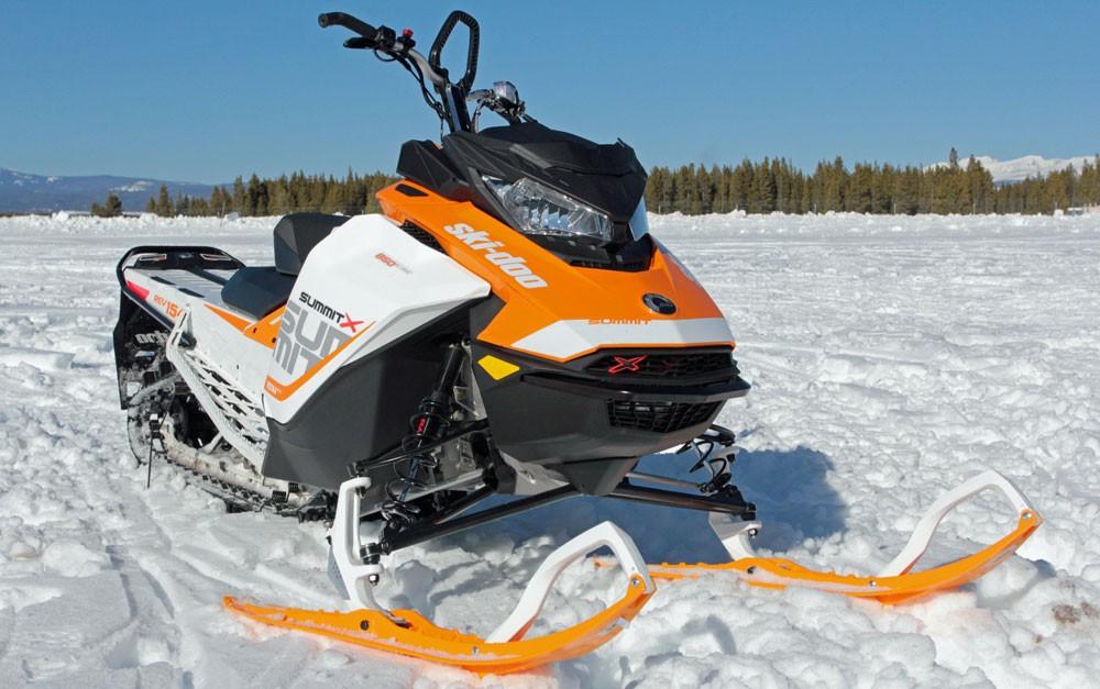 2017 Ski-Doo Summit X 850