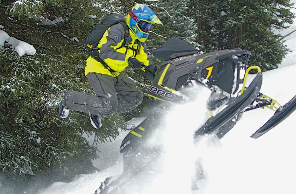 2017 Polaris 800 Pro-RMK 174 Action Jump