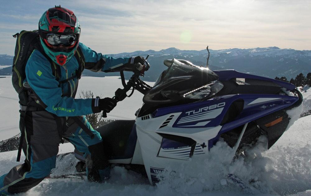 2017 Yamaha Sidewinder M-TX Action 1