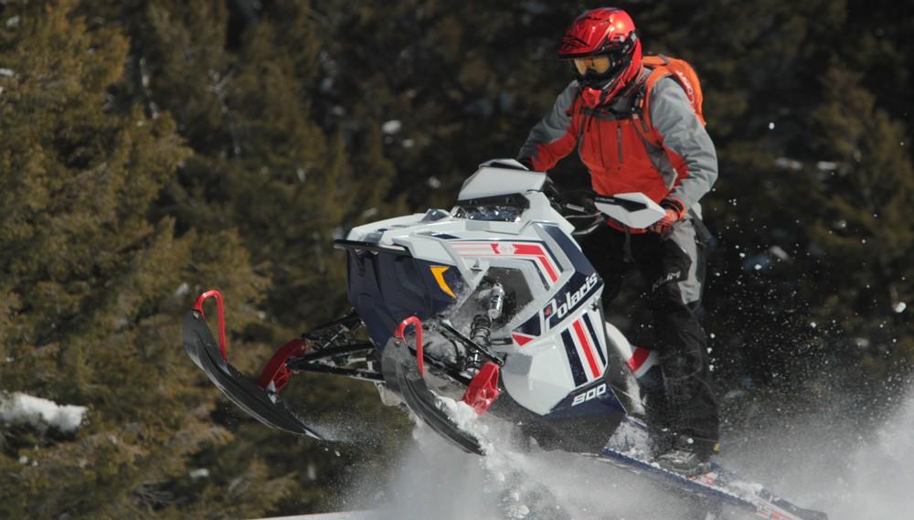 2017 Polaris Pro-RMK Skis Up