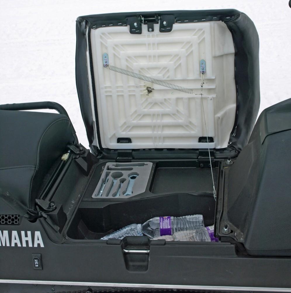 Yamaha VK Professional II Storage