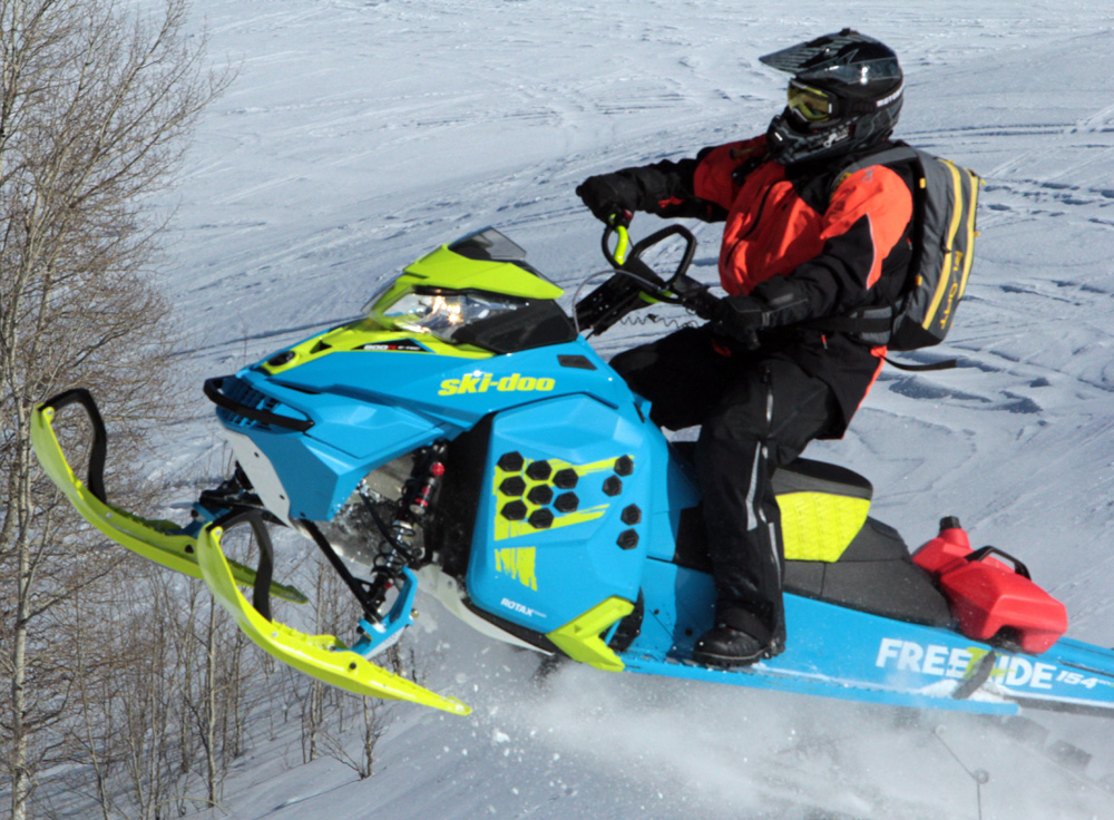 2017 Ski-Doo Freeride Review - Snowmobile com