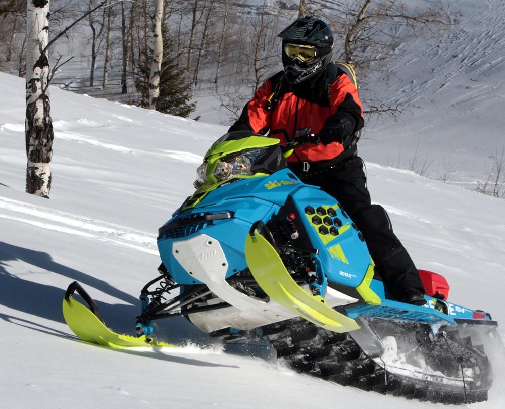 2017 Ski-Doo Freeride Sidehill
