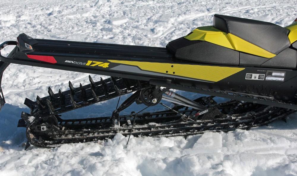 2017 Ski-Doo Summit SP Track