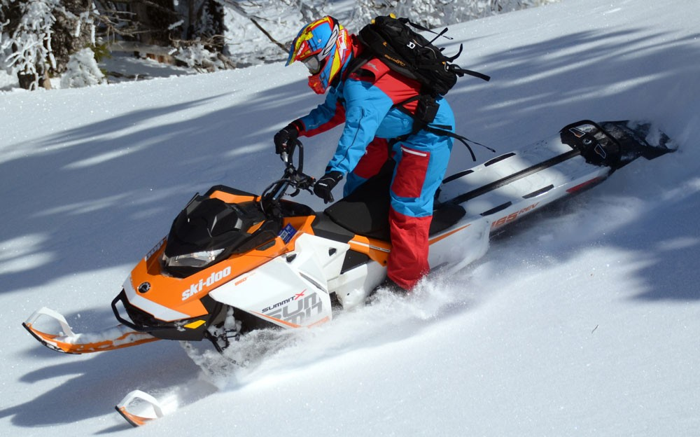 2017 Ski-Doo Summit X Silky Smooth