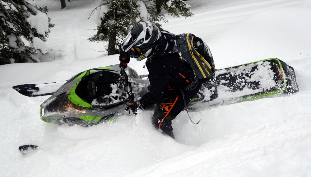 2018 Arctic Cat M8000 Sno Pro Action Profile