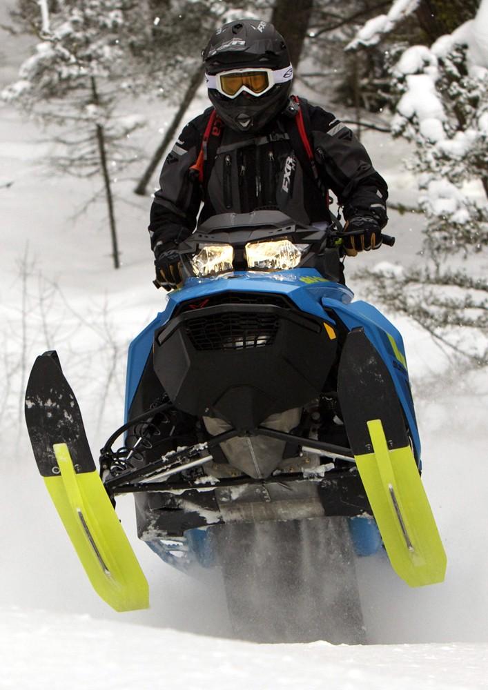 2018 Ski-Doo 850 Summit X 175 Action Tailwalk