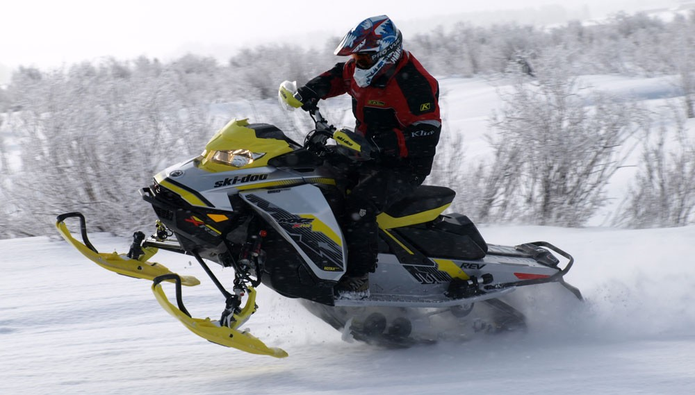 2018 Ski-Doo MXZ X RS 850 Feature