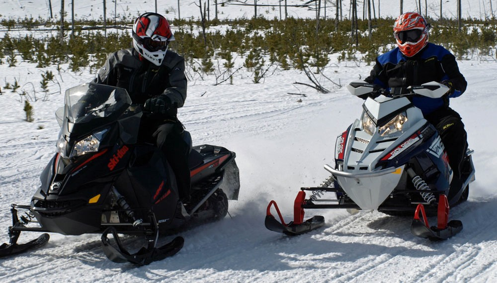 Ski-Doo 600 ACE vs Polaris 550 Indy