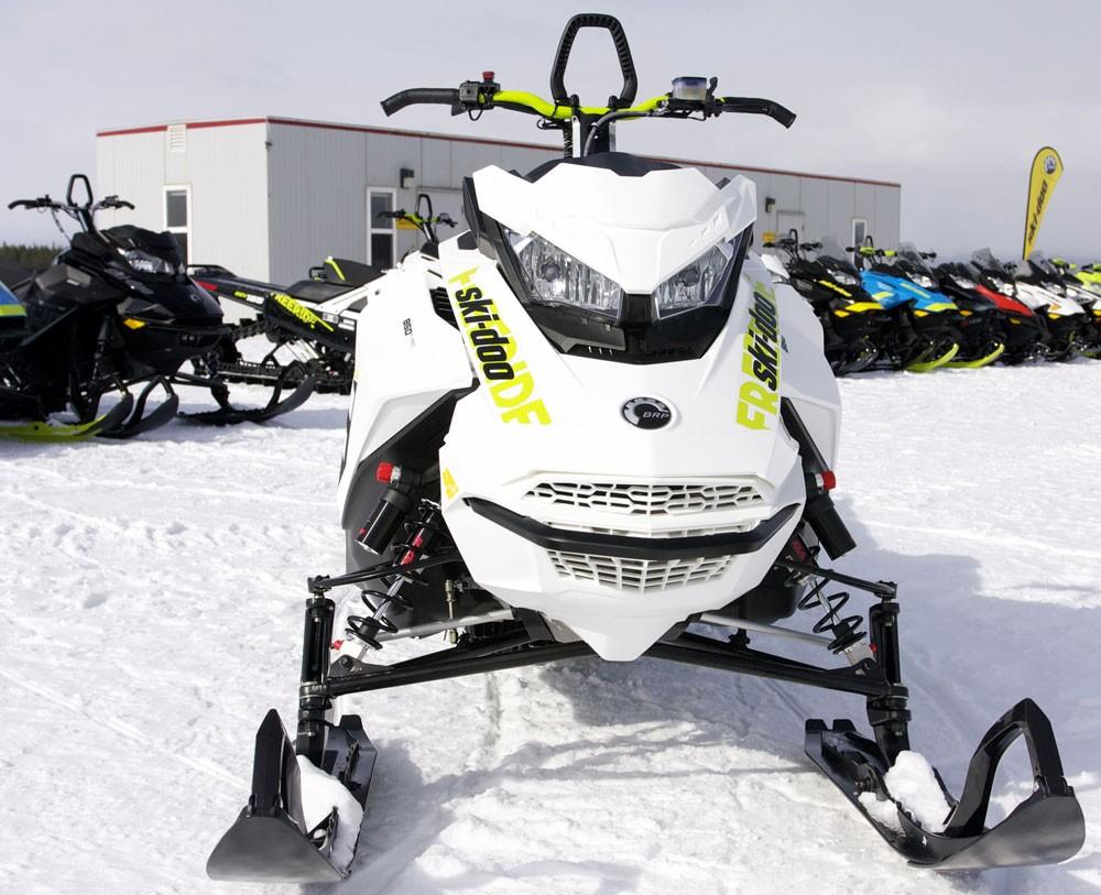 2018 Ski-Doo 850 Freeride 137 Front