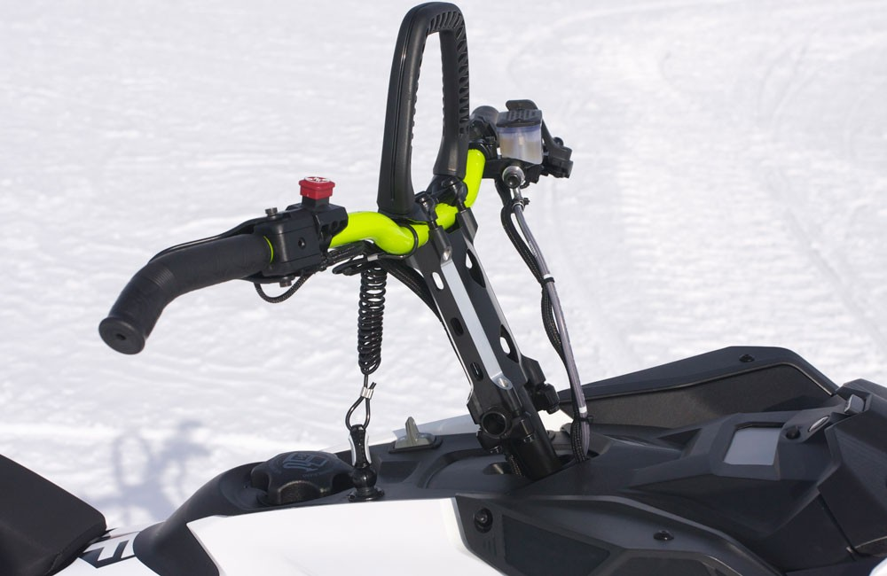2018 Ski-Doo 850 Freeride 137 Handlebar and Mountain Strap