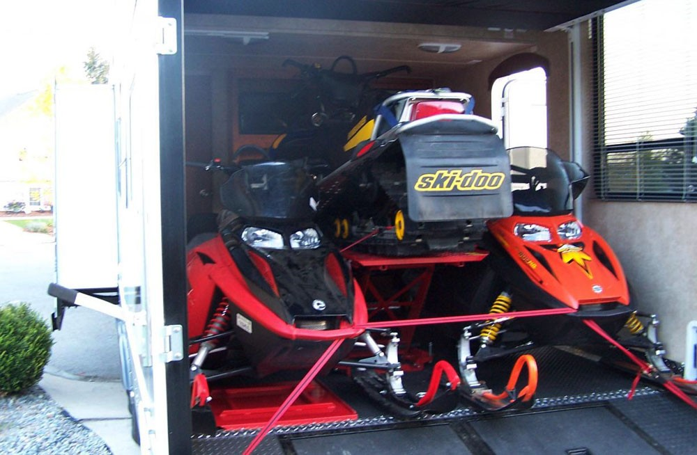 Snowmobiles Stacked Toy Hauler: Toy Haulers For Snowmobiles