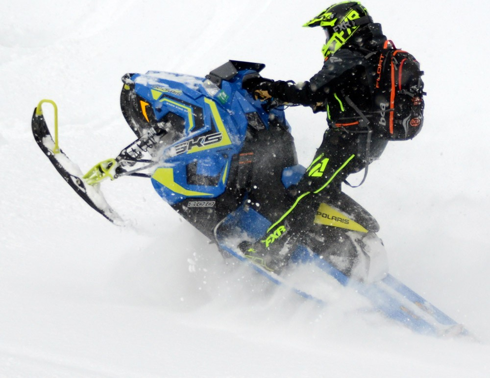 2018 Polaris SKS 146 Action 4