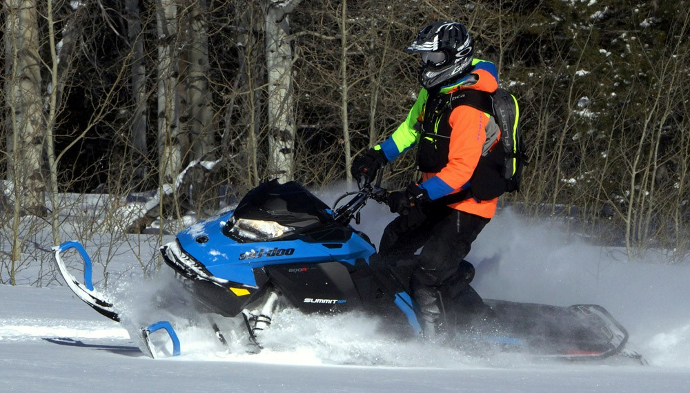 2019 Ski-Doo 600 Summit SP 3