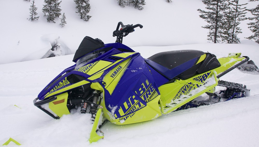 2019 Yamaha Sidewinder B-TX LE Profile