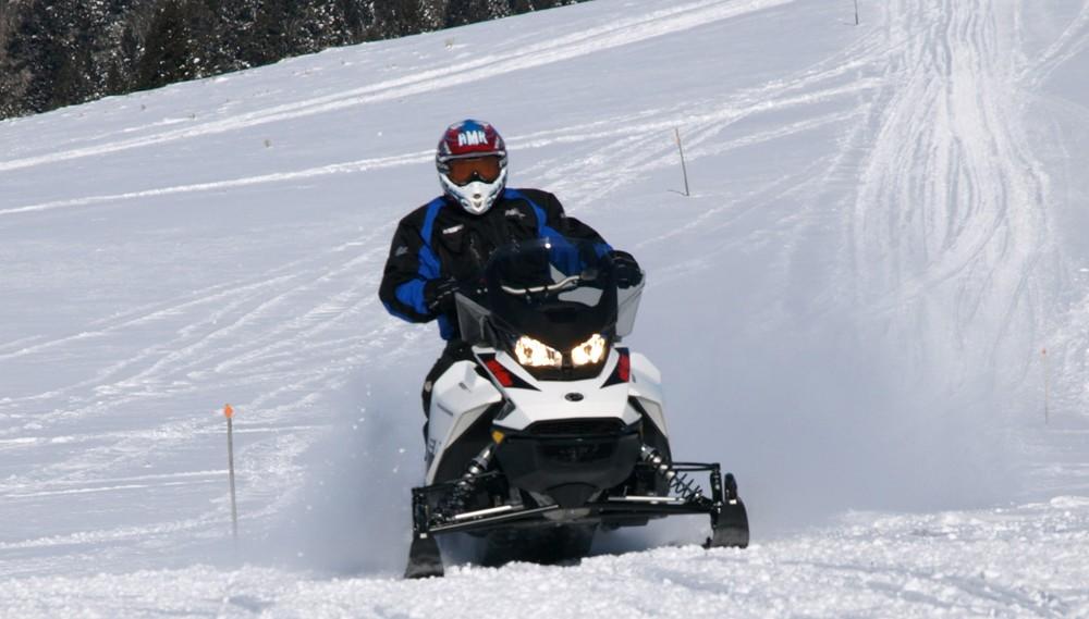 2019 Ski-Doo Renegade Adrenaline 600R Front