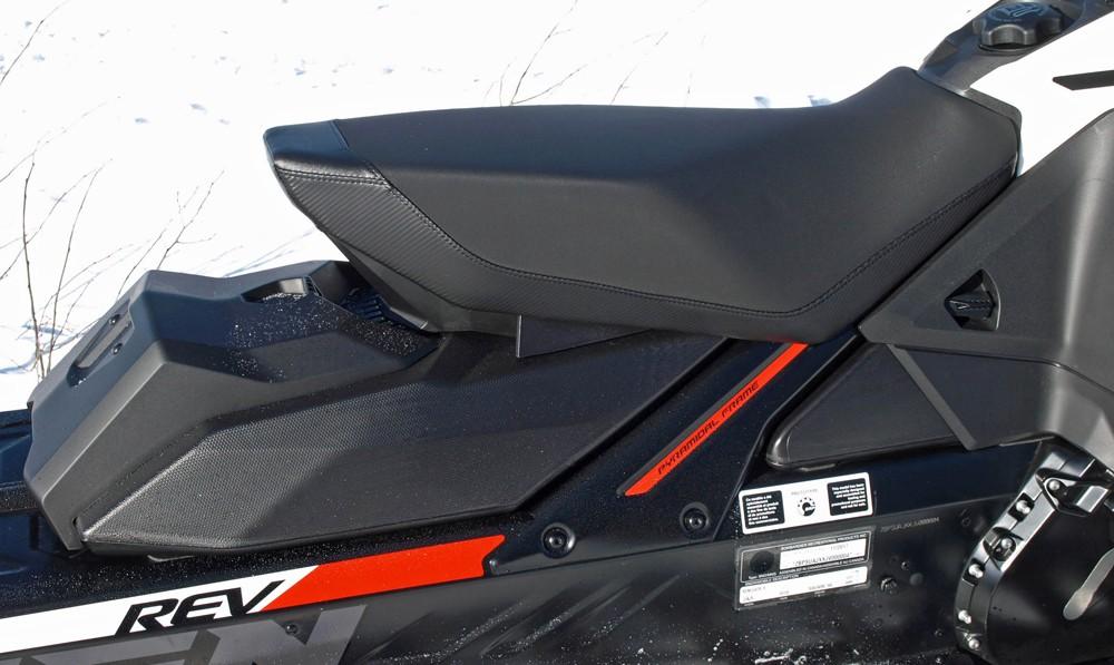 2019 Ski-Doo Renegade Adrenaline 600R Seat