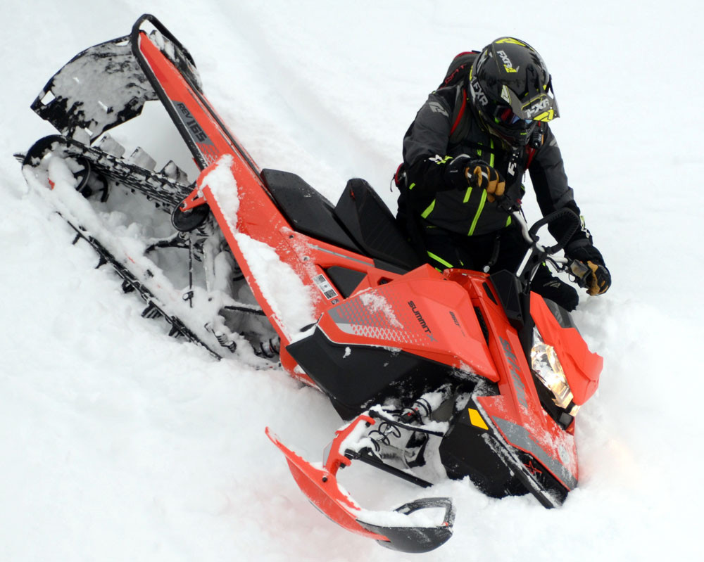 2019 Ski-Doo Summit X 165 2