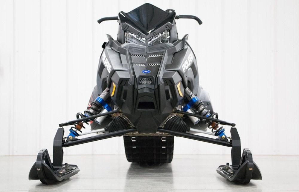 2020 Polaris 600R Front