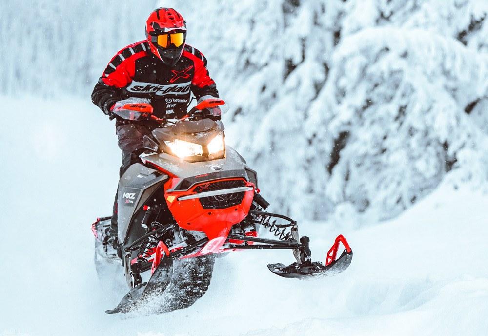 2021 Ski-Doo MXZ X-RS
