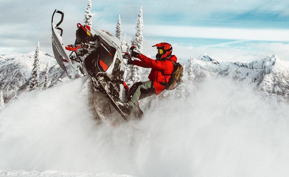 2021 Ski-Doo Summit X Expert
