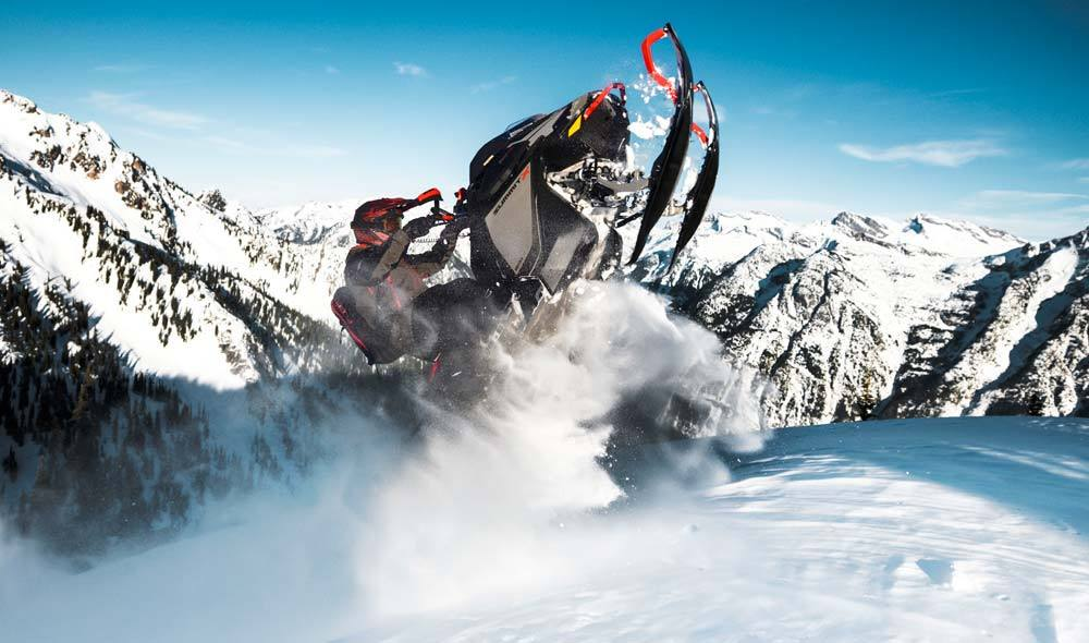 2022 Ski-Doo Summit