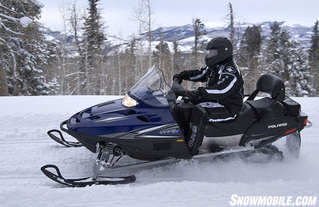The proven 550cc fan-cooled twin provides power for spirited solo riding.