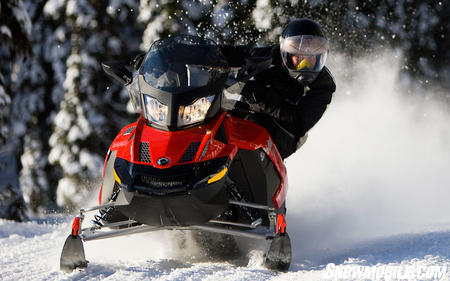 Ski-Doo's GSX SE utilizes fade-resistant HPG shocks on its double A-arm front suspension.