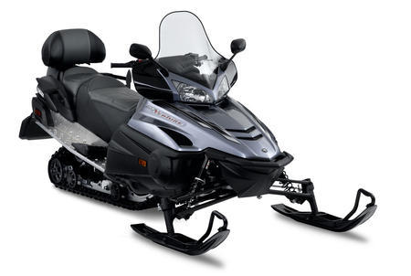With few changes headed into this season, the 2011 Venture retains the ultra-reliable, carbureted 973cc 4-stroke triple.