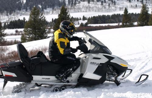 2013 Ski-Doo Grand Touring SE 1200 Action