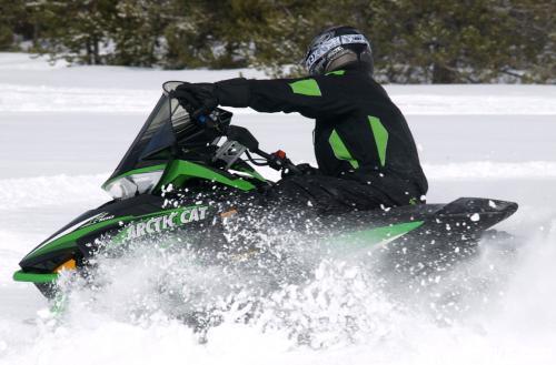 2013 Arctic Cat F1100 LXR Action Turning