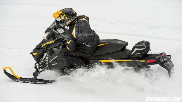 2014 Ski-Doo Renegade 600 E-TEC Action Left