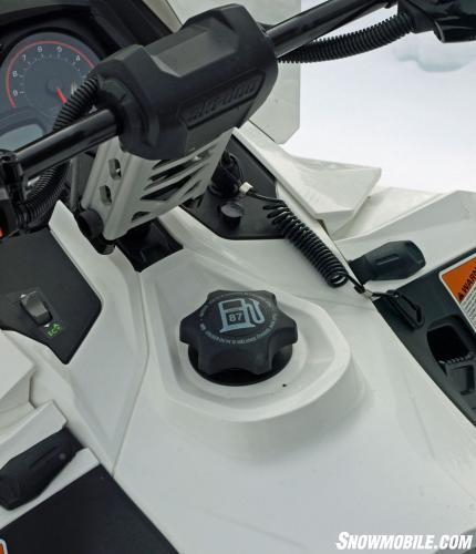 2014 Ski-Doo Expedition Sport ACE 900 Cockpit