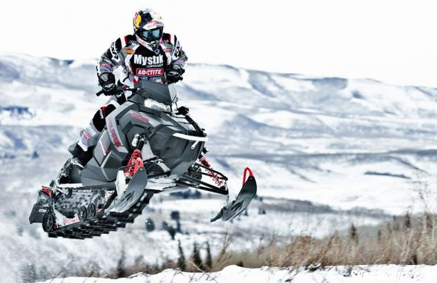2015 Polaris 800 Rush Pro-X Action