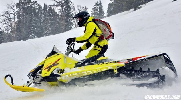 2015 Ski-Doo 800 Summit X T3 Action
