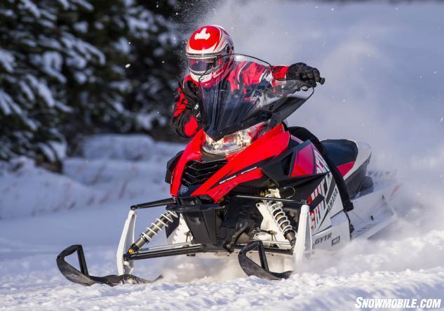 2015 Yamaha SR Viper R-TX DX Action Cornering