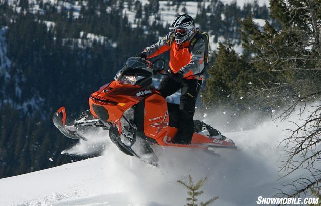 2015 Ski-Doo XM Summit X 800R Action Light Handlebar Feel