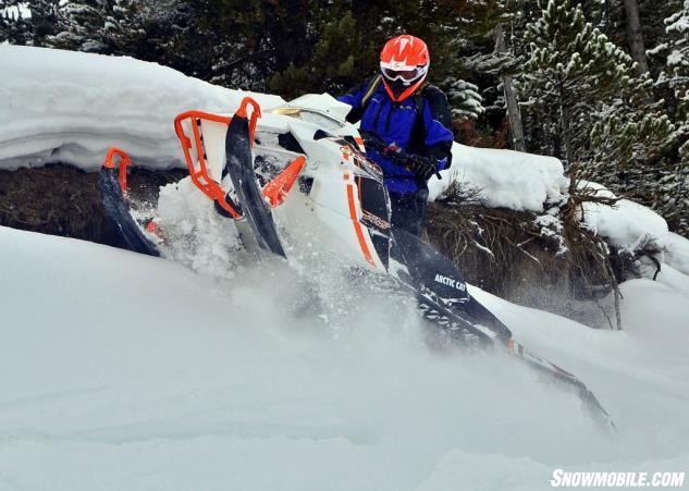 2015 Arctic Cat M8000 Sno Pro Action Sidehill