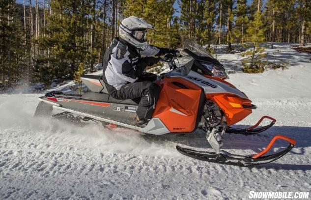 2015 Ski-Doo Renegade Sport 600 ACE Action