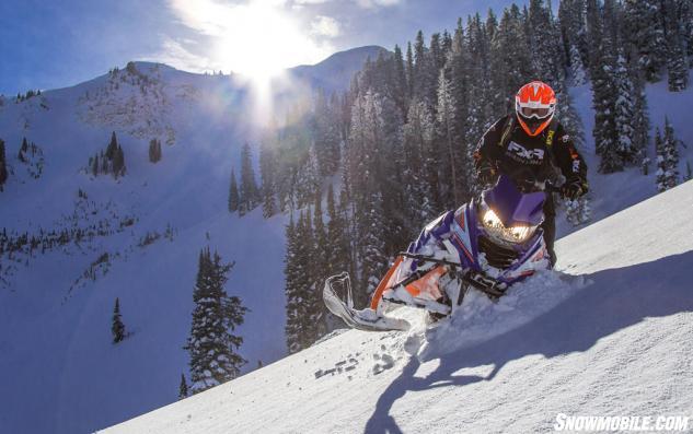 2015 Yamaha Viper MTX Action